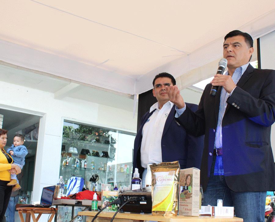 Carlos Mercenario reconoce el esfuerzo de los inversionistas de Podology por brindar buenos productos, salud y empleo