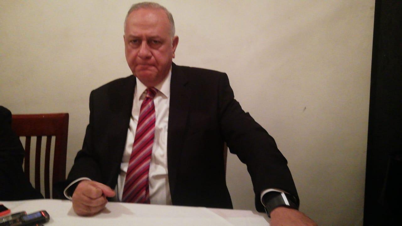 El secretario de Desarrollo Económico, Alberto Curi Naime, informa de las grandes inversiones que llegan al Estado de México