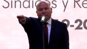 Raciel Pérez Cruz, al tomar protesta como presidente municipal electo de Tlalnepantla