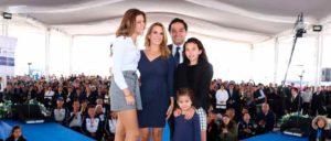 La familia Vargas Contreras, presentes en el 3er Informe de Actividades de la presidenta del DIF