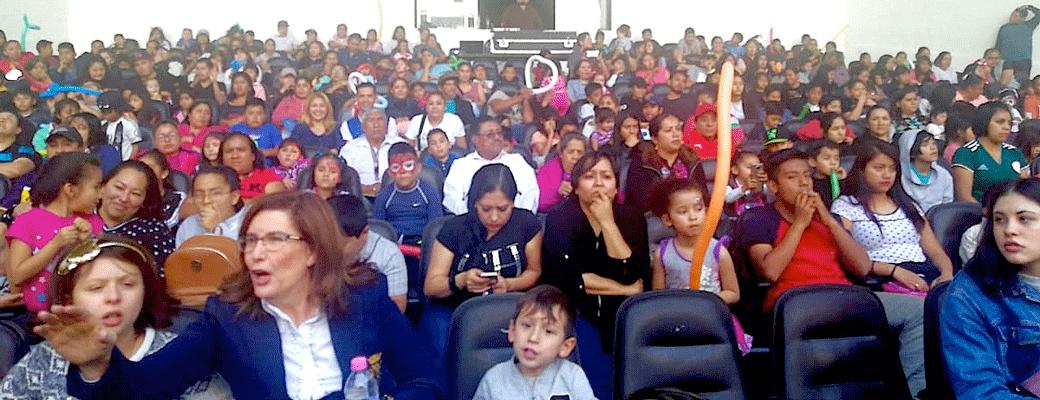 El Foro Felipe Villanueva lució a todo su capacidad en el evento de Día de Reyes