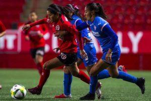 Cruz Azul dio cuenta del Tijuana 2-0