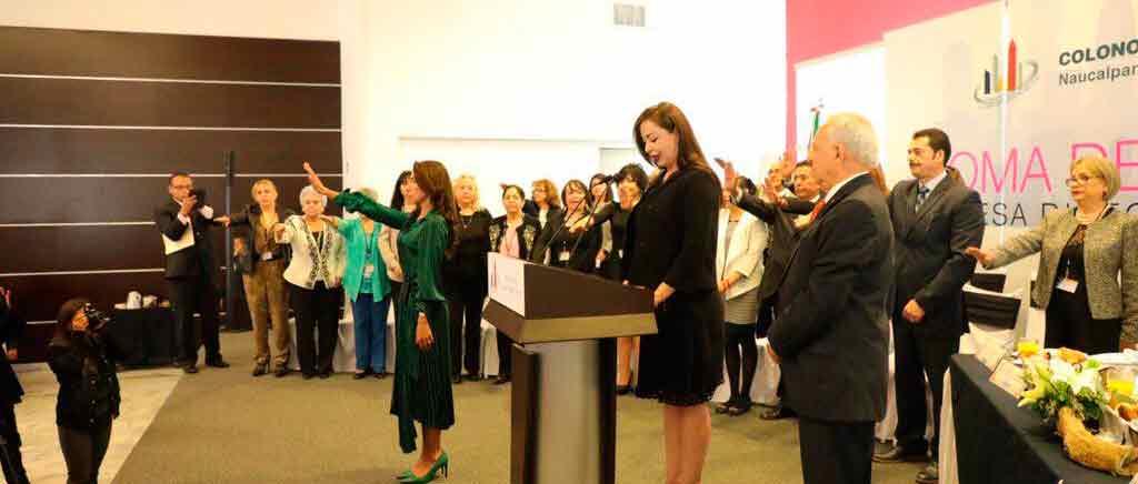 La alcaldesa de Naucalpan, Patricia Durán, tomó la protesta a la nueva mesa directiva de la Asociación de Colonos de Ciudad Satélite para el periodo 2019-2021