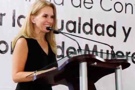 Presidenta del Dif, Romina Contreras de Vargas, afirma que empoderan a las mujeres