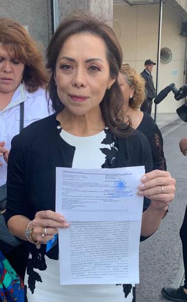 La senadora Josefina Vázquez Mota, en apoyo a padres de familia, por el recorte de presupuesto a guarderia
