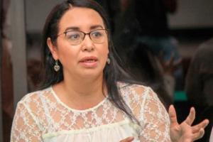 Azucena Cisneros Coss, diputada local