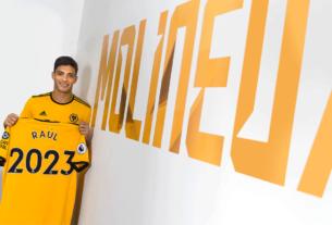 Hasta el 2023 tiene contrato el mexicano Raúl Jiménez, con el Wolves de Inglaterra. Su contrato por 30 millones de dólares