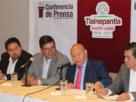 El alcalde de Tlalnepantla, Raciel Pérez Cruz, el de Jacala, Hidalgo, Manuel Rivera Pabello y el de Nezahualcóyotl,Juan Hugo de la Rosa exponen que habían sido marginados del Plan Nacional de Desarrollo 2019-2024