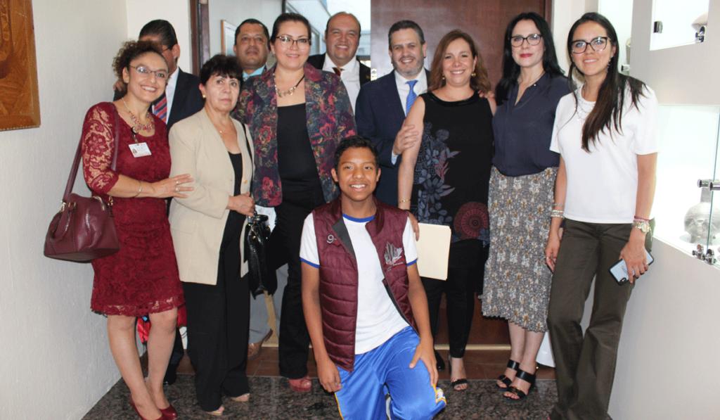 Al final de la firma de Convenio CIJ Ayuntamiento de Naucalpan
