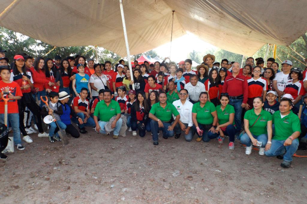 Director de Medio Ambiente,Gabriel Saavedra Ramírez, encabezó Jornada de Reforestación
