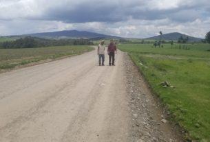 Caminos que reactivan el desarrollo se realizan en Almoloya de Juárez, señala el alcalde Luis Maya Moro