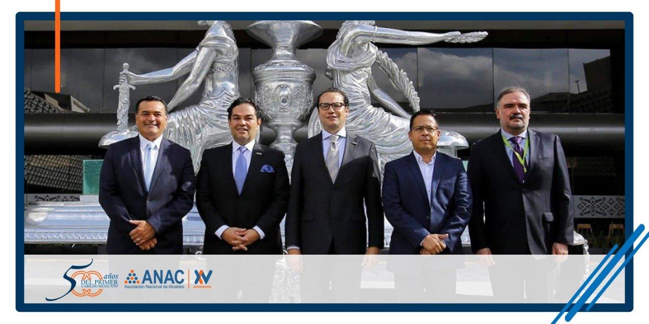 La dirigencia de la ANAC, encabezada por el alcalde de Huixquilucan en reunión nacional
