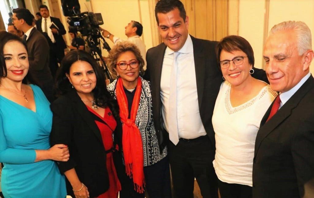 Patricia Durán Reveles con la secretaria de Gobernación, Olga Sánchez Cordero