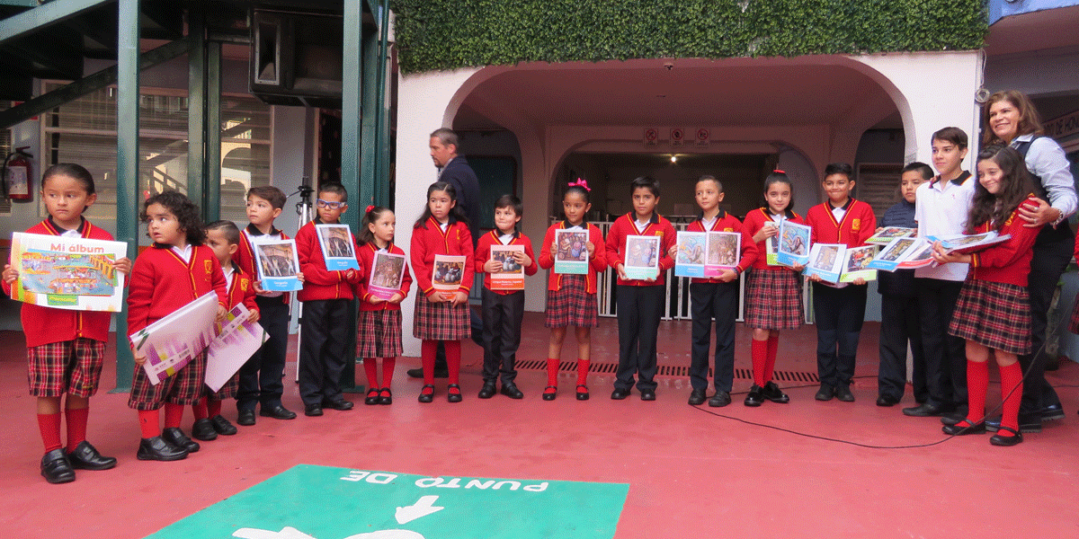 Los libros recibidos para iniciar el ciclo escolar 2019-2020 en el Centro Académico Xipal