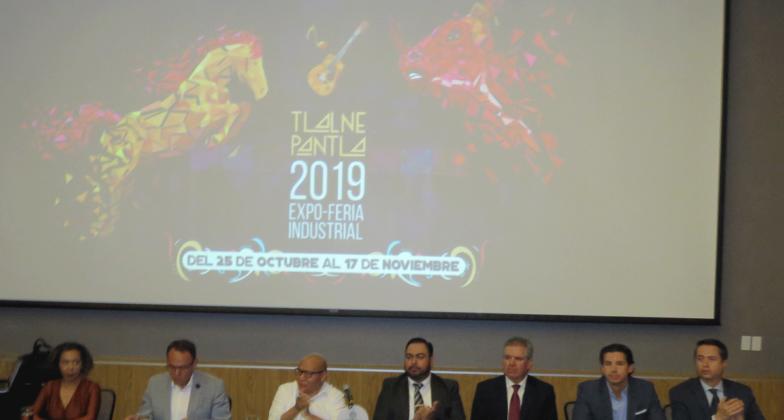 El alcalde Raciel Pérez Cruz y empresarios anuncian la Expo Feria Industrial Tlalnepantla 2019