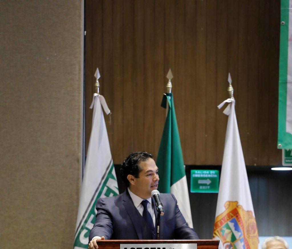 Enrique Vargas del Villar ante empresarios señala que se debe eliminar la corrupción del aeropuerto de Texcoco