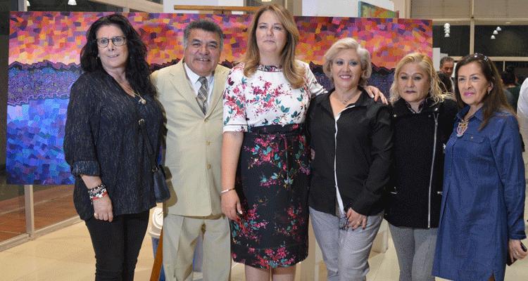 Jazmín Priego, entre artistas y vecinos