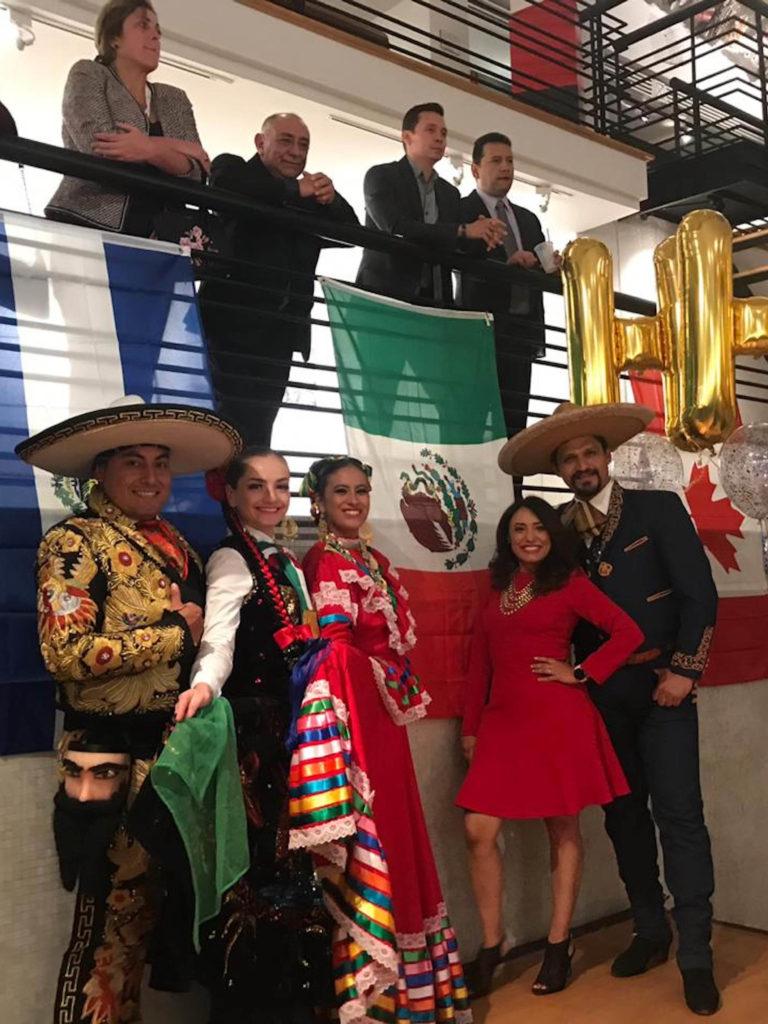 Bailarines mexiquenses que representan a nuestro país en Canadá