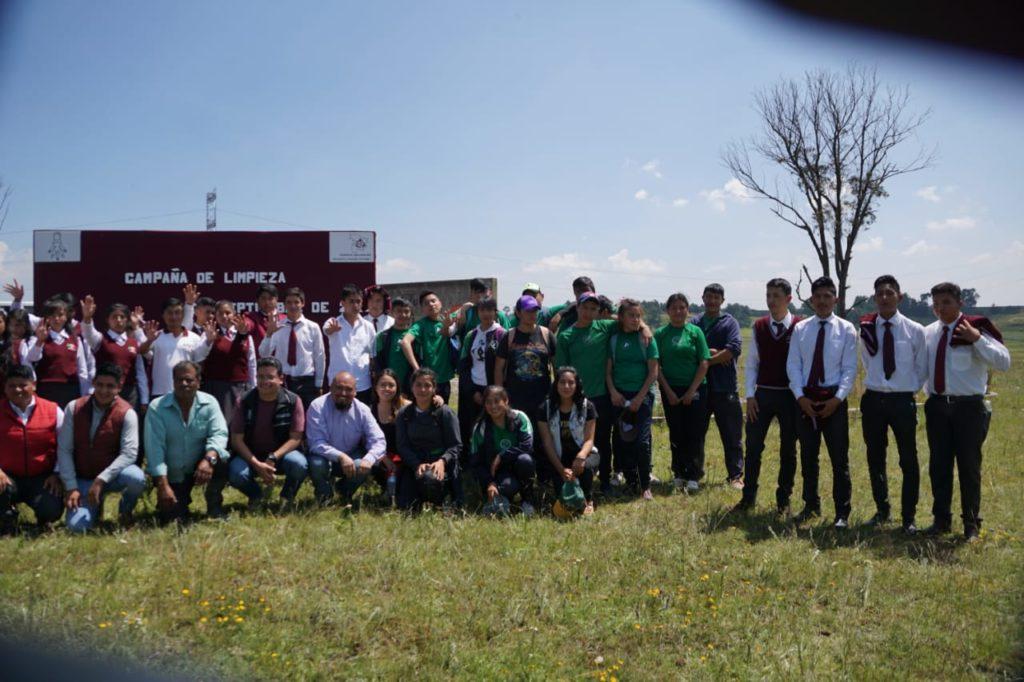 Gran participación para lograr la limpieza de la presa de Almoloya de Juárez