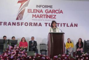 La presidenta municipal de Tultitlán, Elena García Martínez rinde su Primer Informe de gobierno