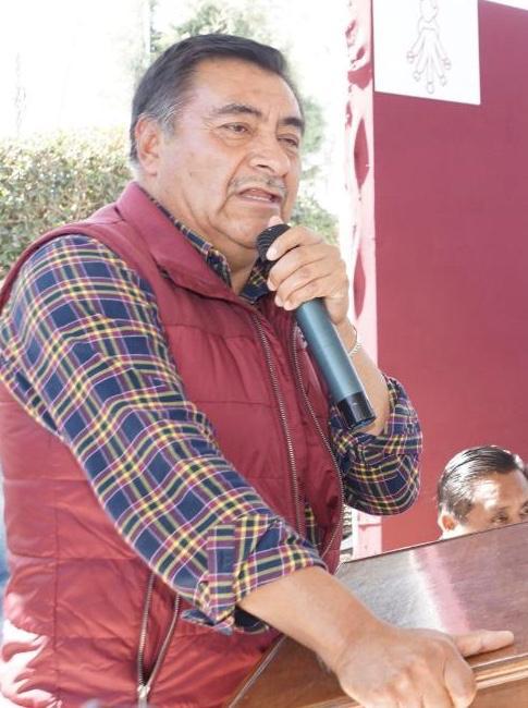 El alcalde de Almoloya de Juárez, Luis Maya Doro anuncia más plazo para pagar con descuento agua y predial