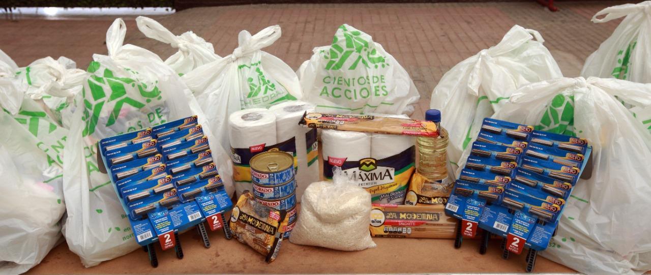 También rastrillos entre las donaciones, para la limpieza en tiempo de pandemia