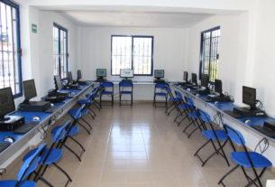 Bibliotecas, plazas y deportivos para dotar de WiFi a los aspirantes a ingresar a la UAEM