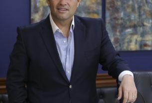 Enrique Vargas del Villar, presidente de Huixquilucan en los primeros lugares, nacional y estatal