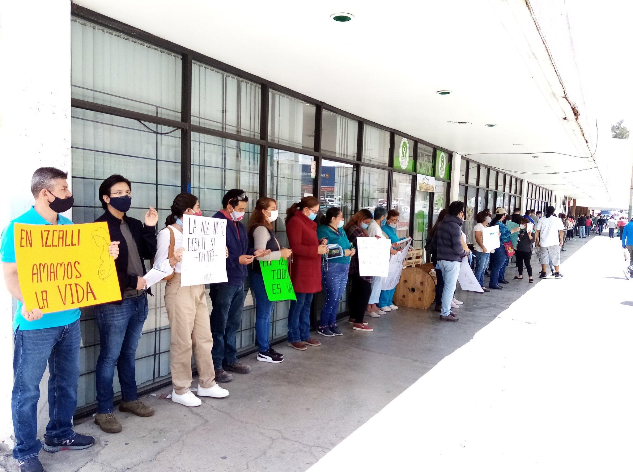 Protesta en contra del aborto en Izcalli