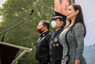 Patricia Durán y mandos de la Guardia Nacional y el Ejército en el ingreso de nuevos cadetes de la policía de Naucalpan