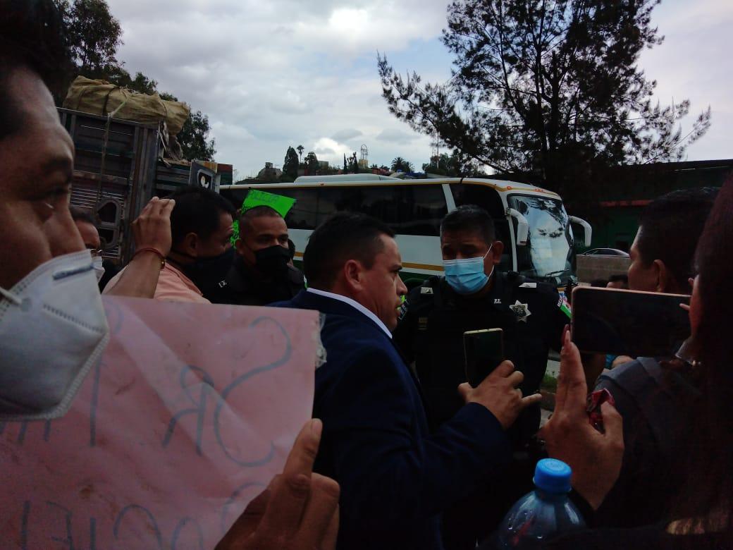 Miles de afectados por el bloqueo a la autopista México-Pachuca