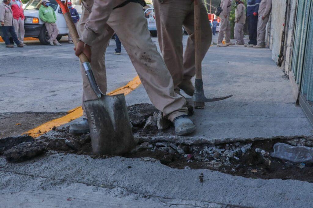 Bacheo, desazolve y reparación de líneas de agua y drenaje en Tlalnepantla