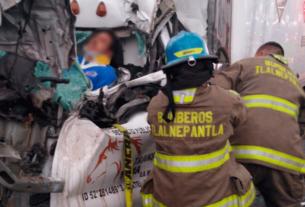 Elementos de protección de Tlalnepantla civil en el rescate de prensado