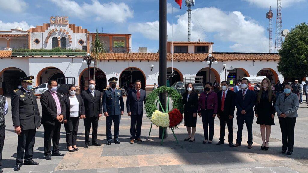 Ofrenda Floral a los Niños Héroes en Almoloya de Juárez