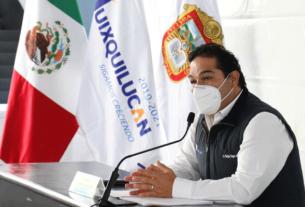 El presidente municipal de Huixquilucan, Enrique Vargas del Villar, facilita inversiones