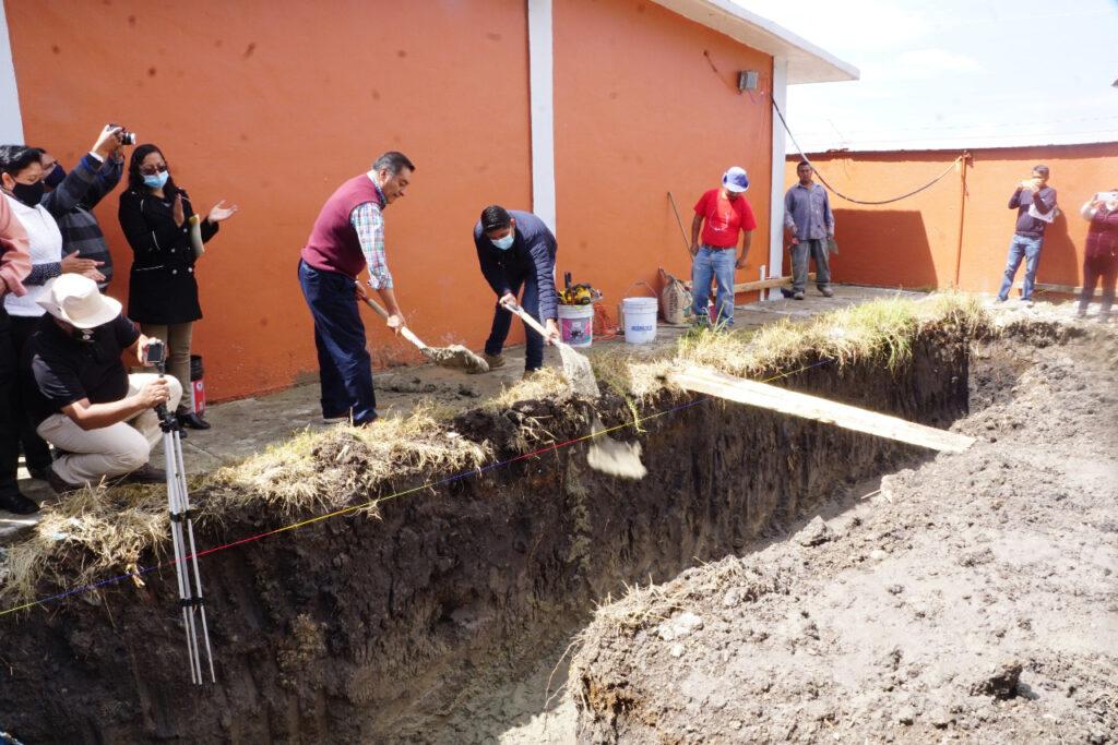 Nuevas instalaciones en escuela afectada por el sismo en Almoloya de Juárez