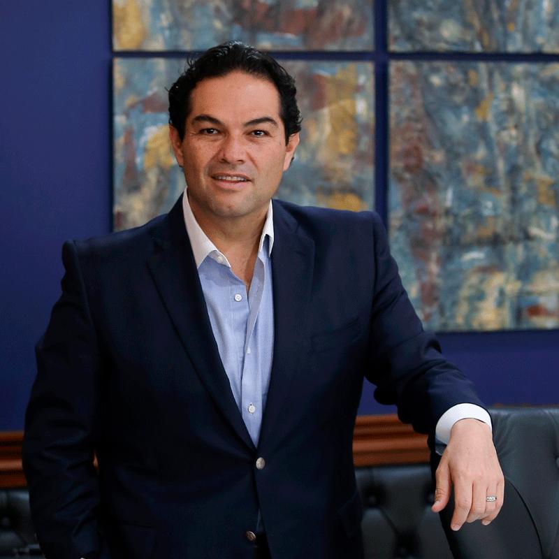 Enrique Vargas del Villar en primer lugar en el estado y el país
