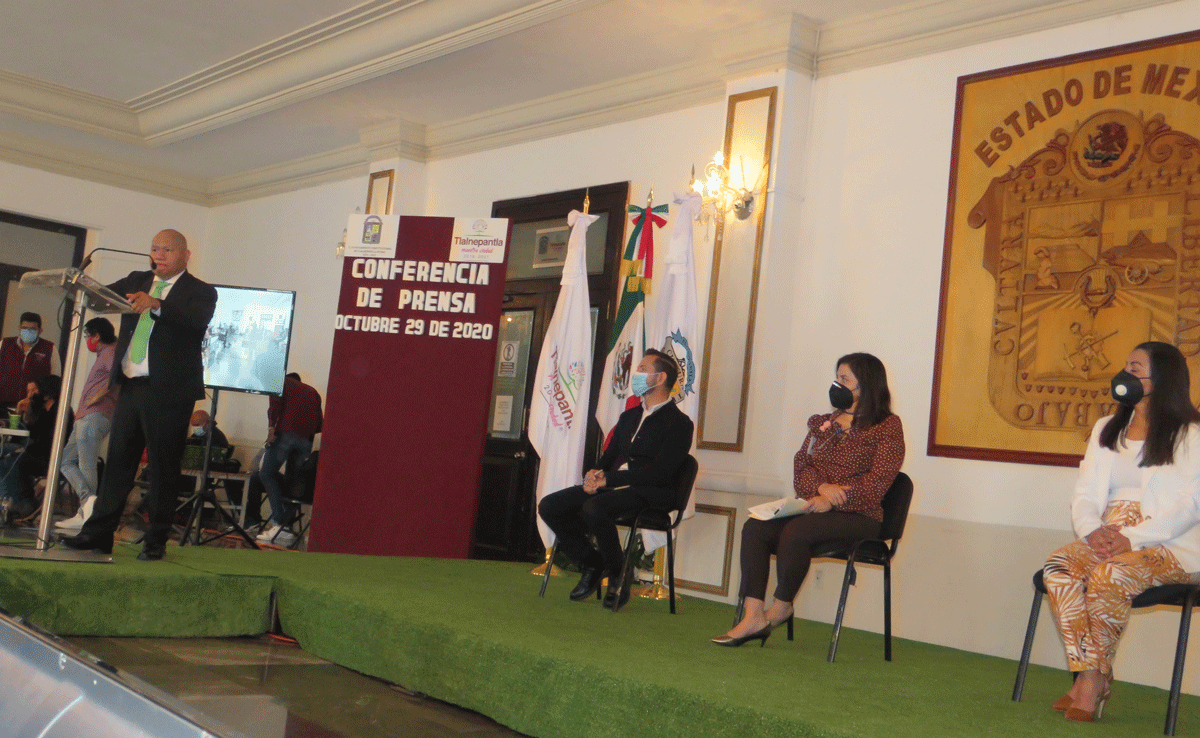 El alcalde de Tlalnepantla, Raciel Pérez Cruz da pormenores de las medidas anti COVID-19