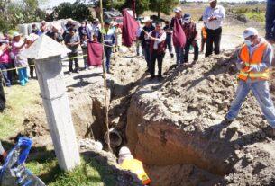 En tres localidades de Almoloya de Juárez introducen drenaje