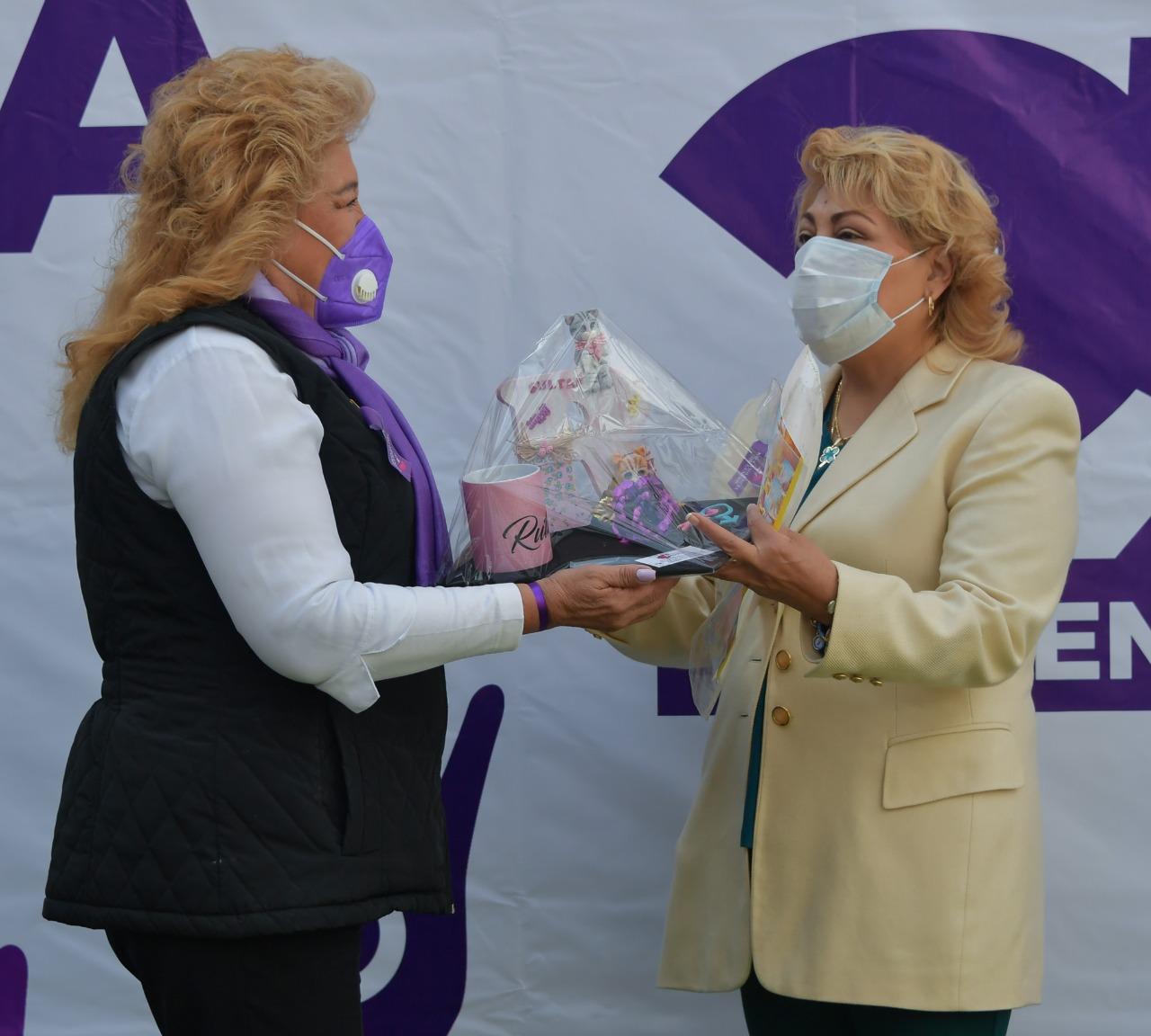 La presidenta municipal de Atizapán de Zaragoza, Ruth Olvera Nieto, recordando el Día Internacional de la Eliminación de la Violencia contra la Mujer