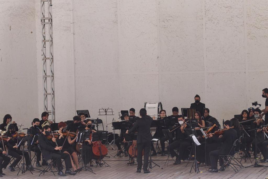 La pasión de los jóvenes de la Orquesta Sinfónica de Naucalpan interpretan a Beethoven