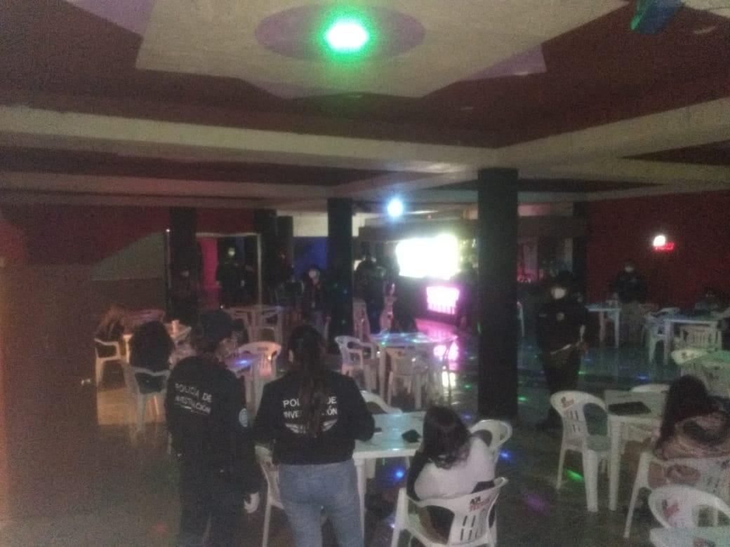 Rescatan a víctima de trata en bar de Teoloyucan