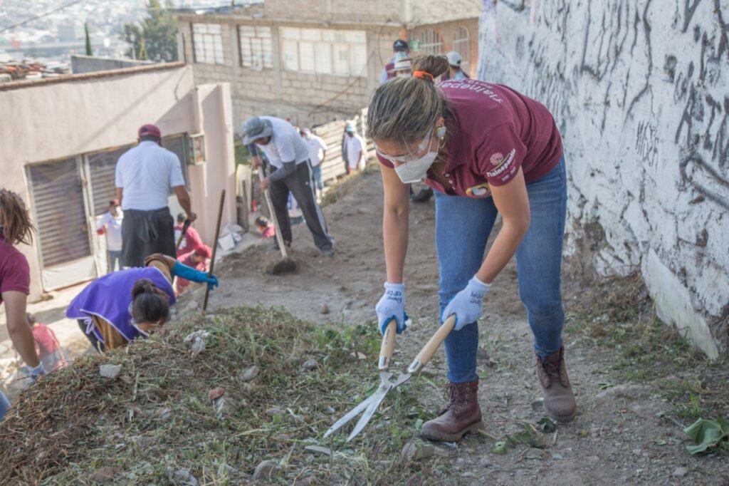 Mujeres de las más participativas en acciones comunitarias en Tlalnepantla