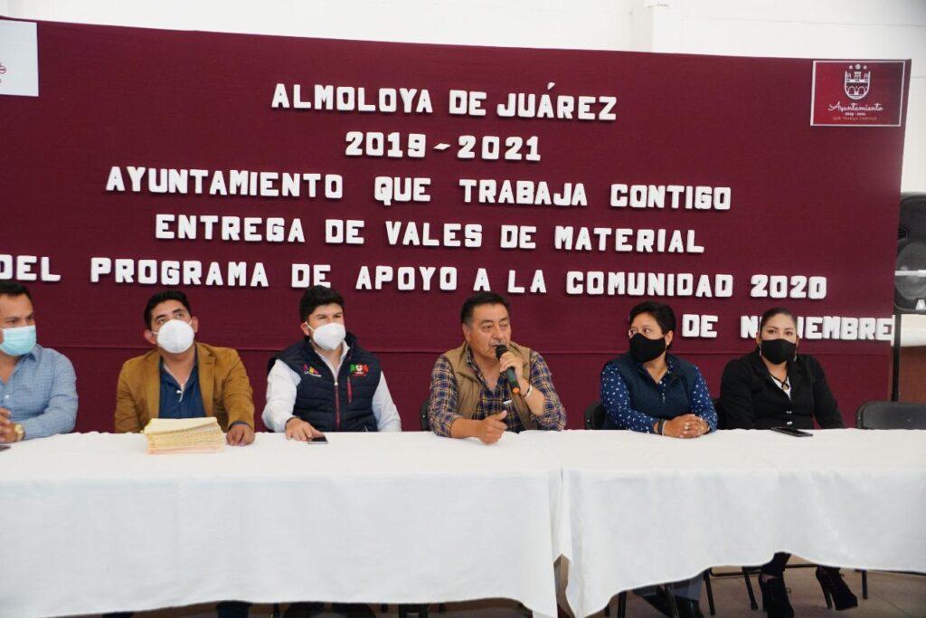 Obras entre ciudadanos y gobierno realizan en Almoloya de Juárez