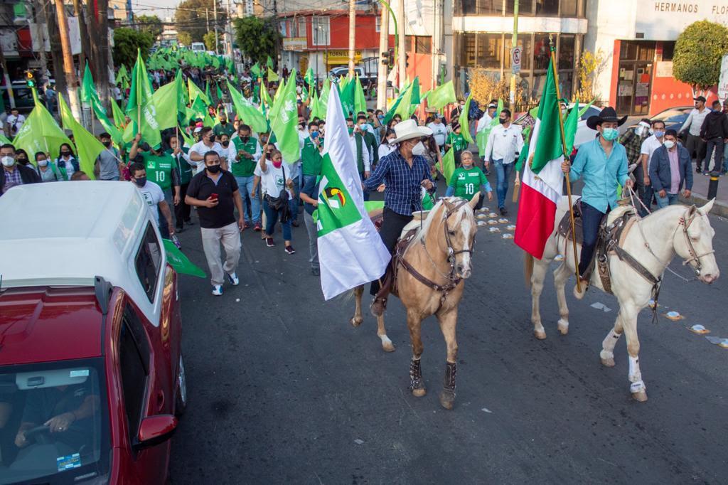 Recorrido del PVEM por las calles de Los Reyes La Paz