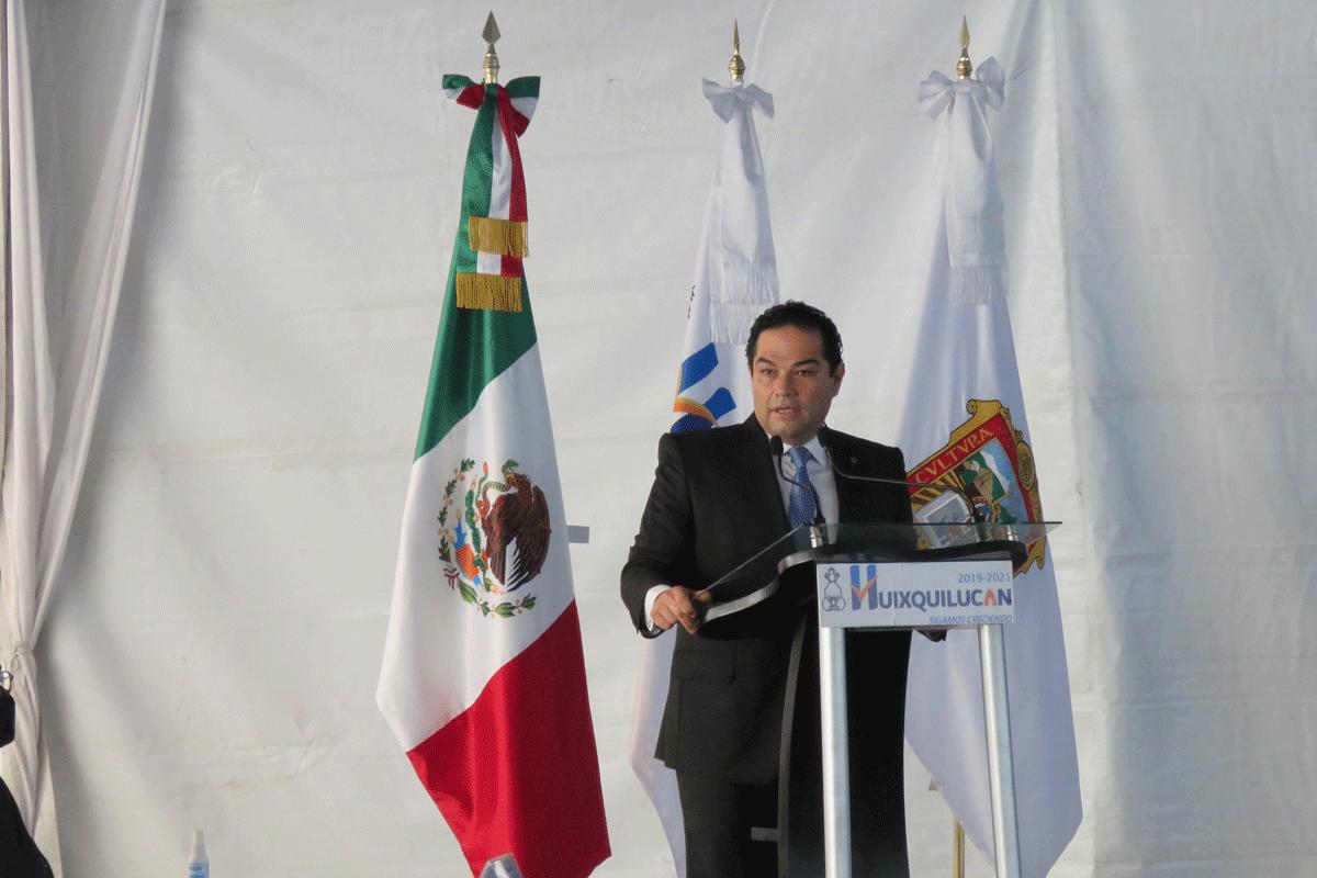 Enrique Vargas del Villar en su 2o Informe de Gobierno