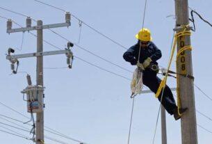 Reponen la electricidad en municipios mexiquenses