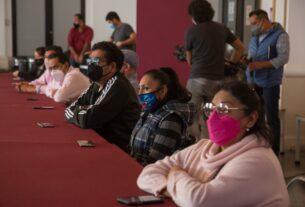 Tianguistas aceptan colaborar para evitar contagios