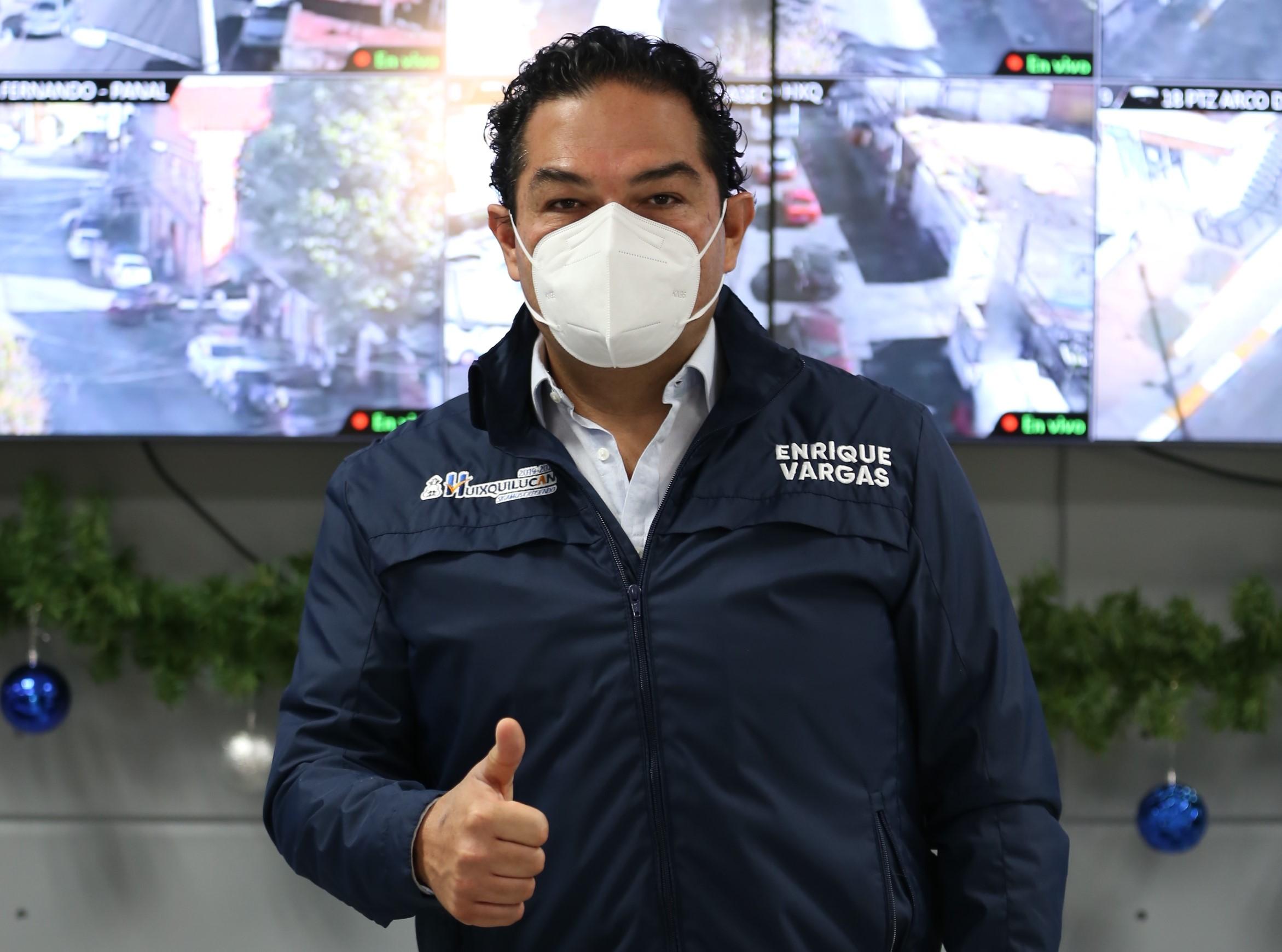 Enrique Vargas anuncia llegada de refrigerador para vacunas