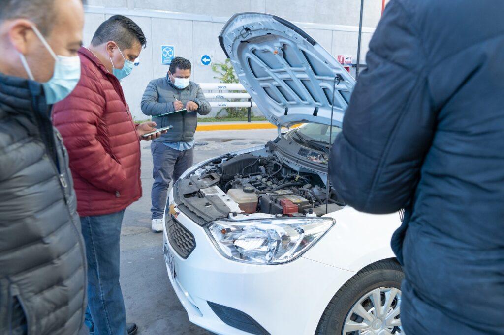 El sistema de consumo de gasolina es revisado por personal de Contraloría de Tlalnepantla
